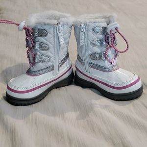 NWOT Totes Snow Boots